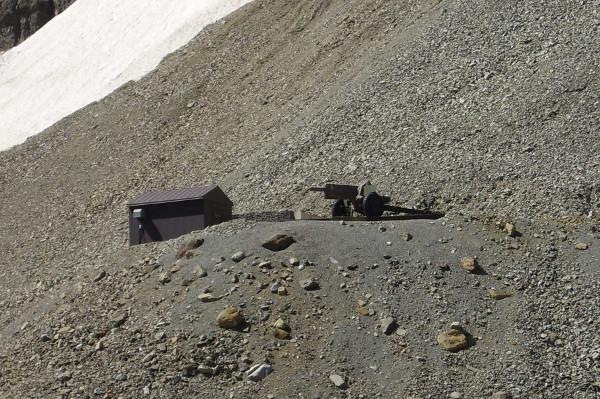 Avalanche gun