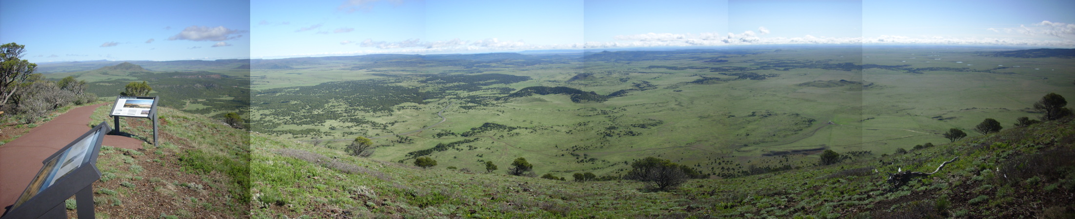 Panorama northeast of Capulin Mountain