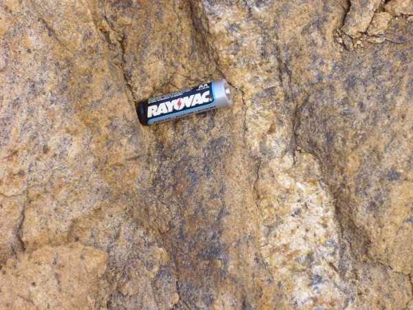 Tres Piedras granite